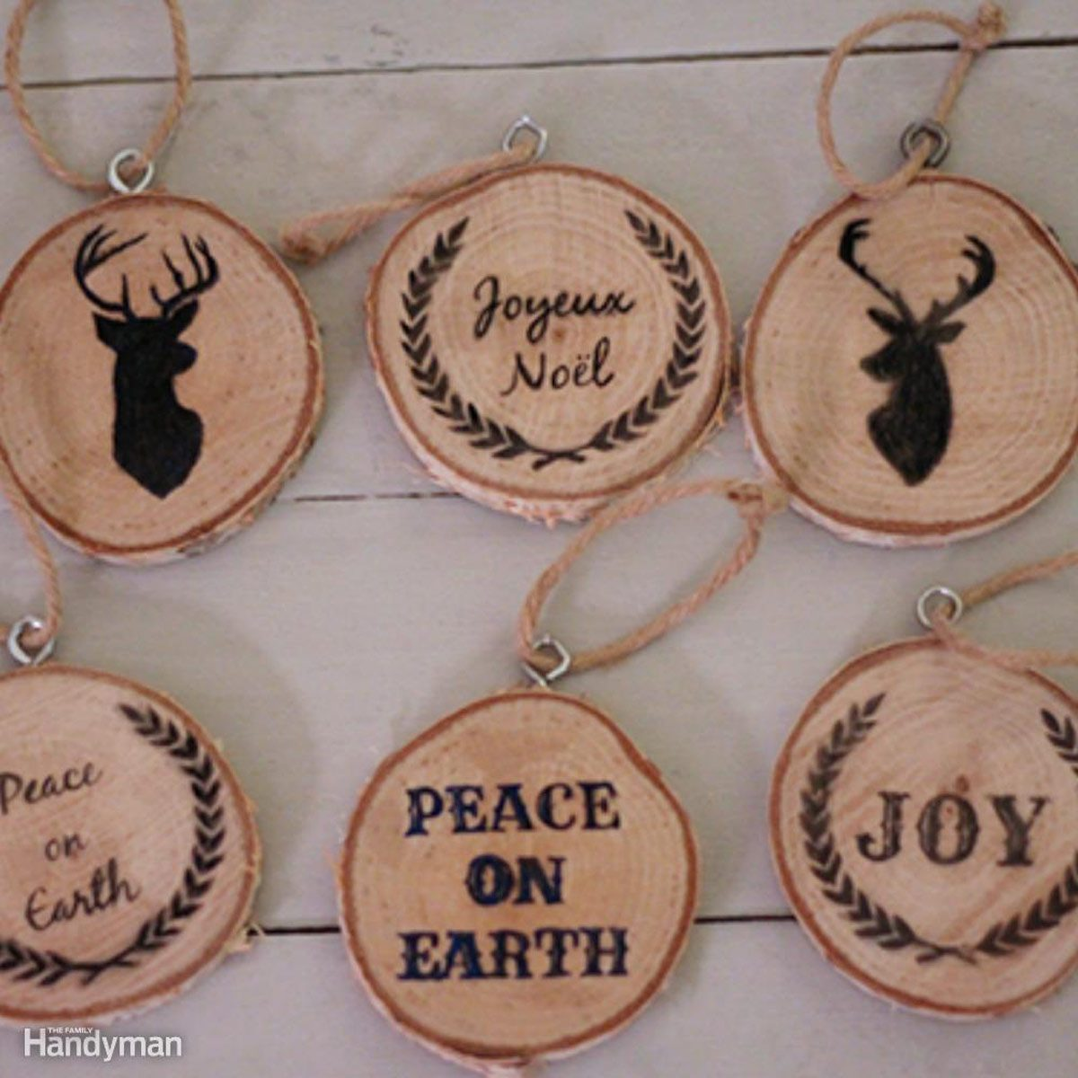 Simple Christmas Tree Decorations: Wood Slice Ornaments
