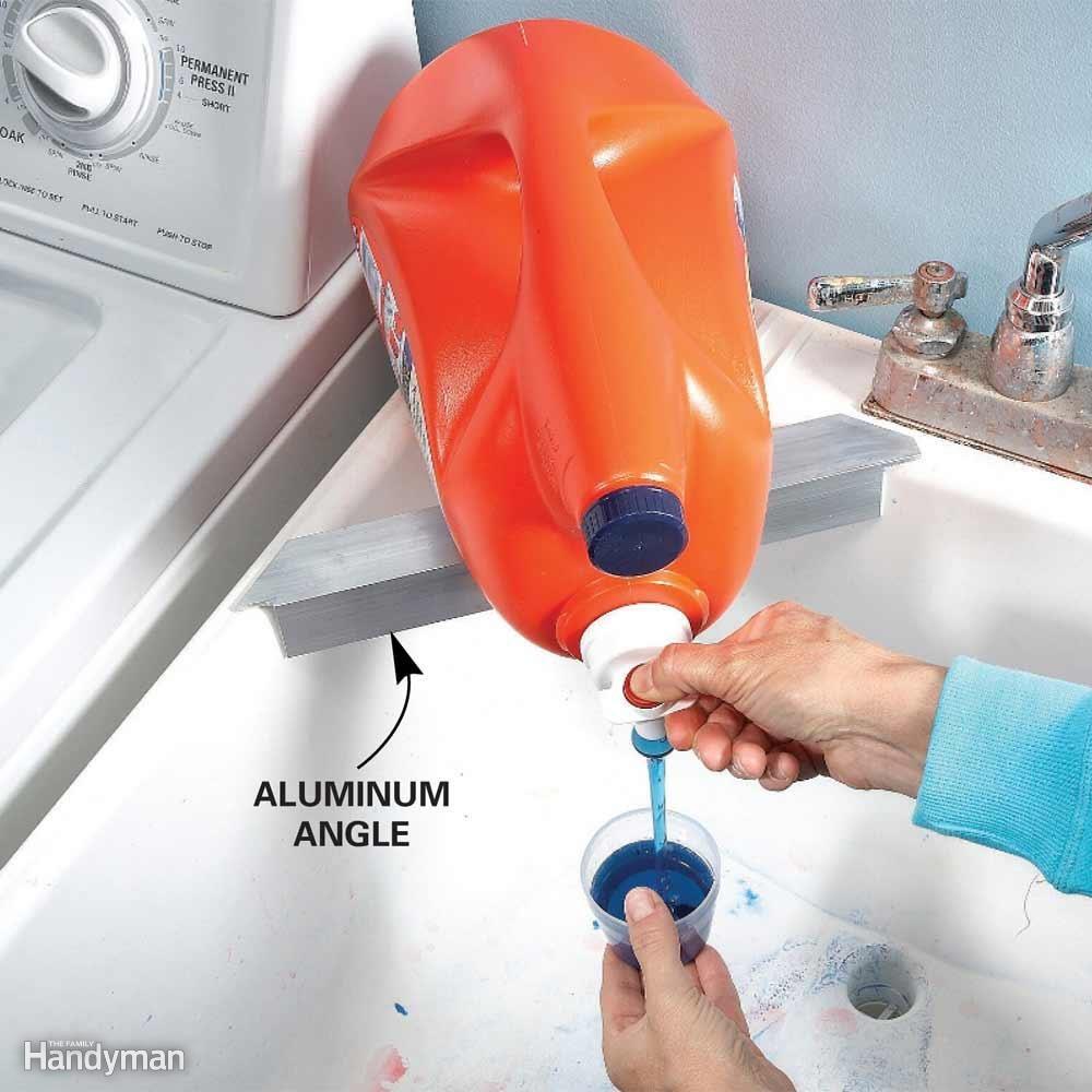 Minimize Liquid Detergent Mess