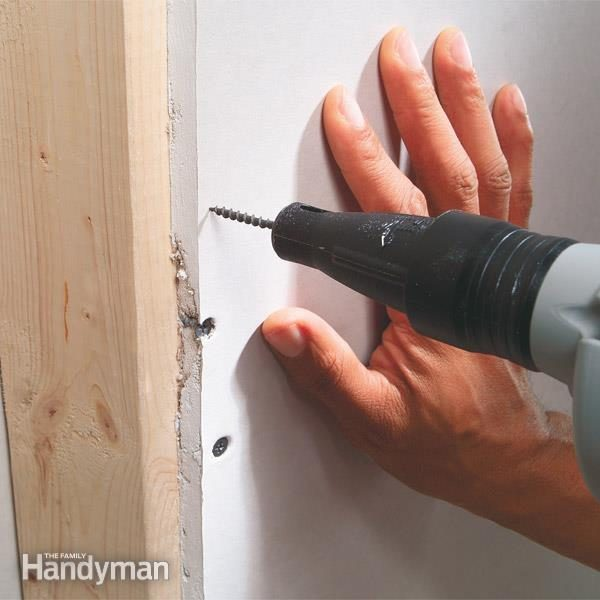 FH03FEB_FASTIP_04-2 how many screws per sheet of drywall how to put screws in drywall