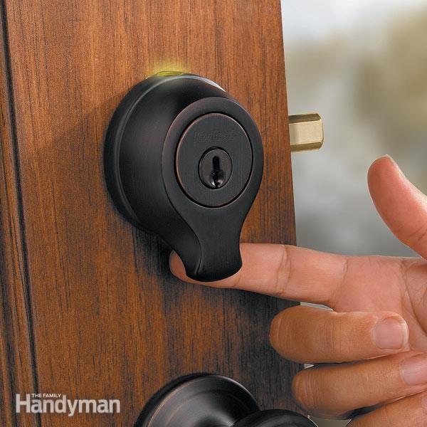 FH08MAR_FINSCA_01-2 fingerprint scanner door lock