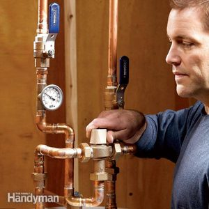 How to Regulate the Hot Water Heater