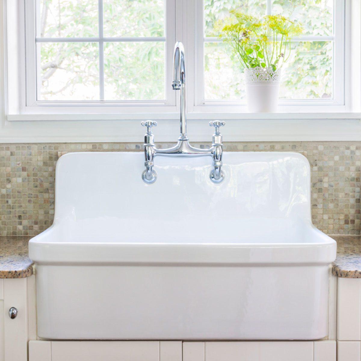 Farmhouse Look: Apron Sink