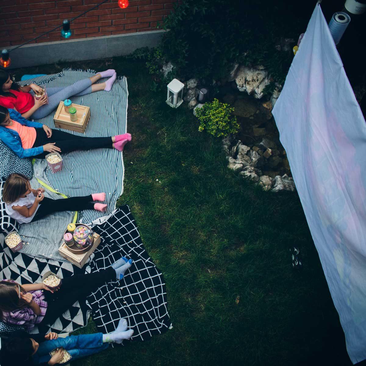 DIY Outdoor Projector