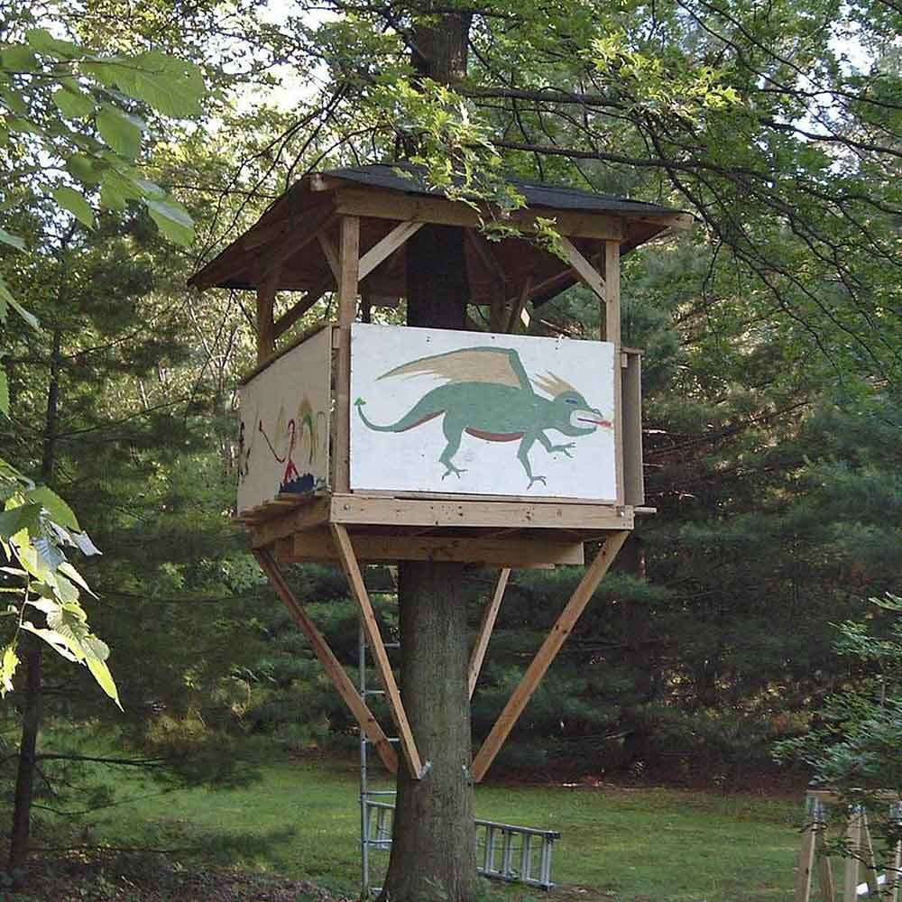 DIY Treehouse Building Tip 2: Keep weight and stability in mind for treehouse ideas