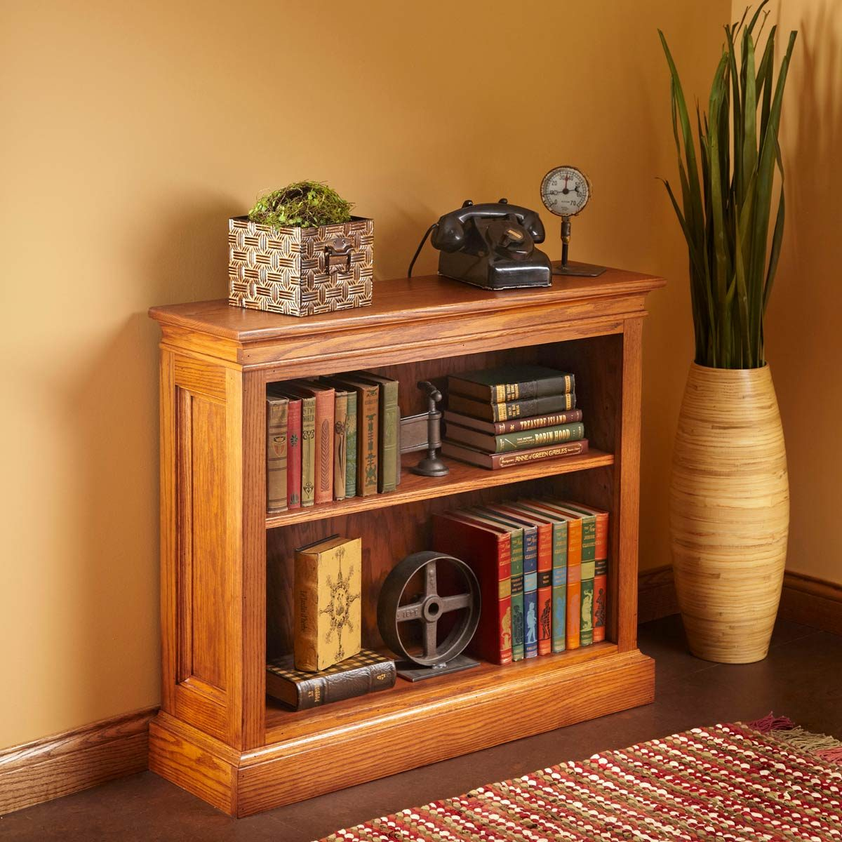 Build a Traditional Bookshelf
