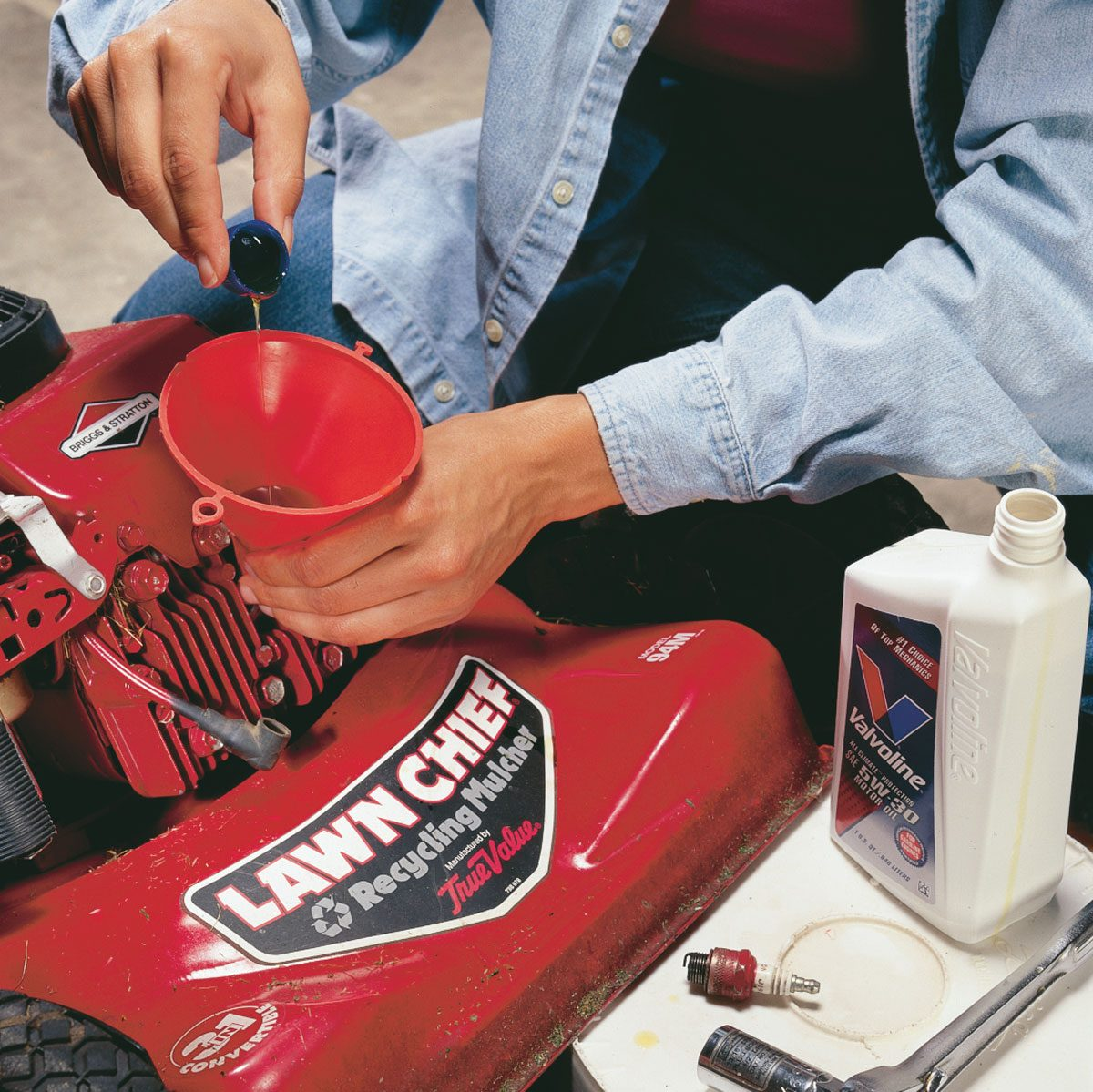 Clean Up Your Lawnmower and Other Yard Tools