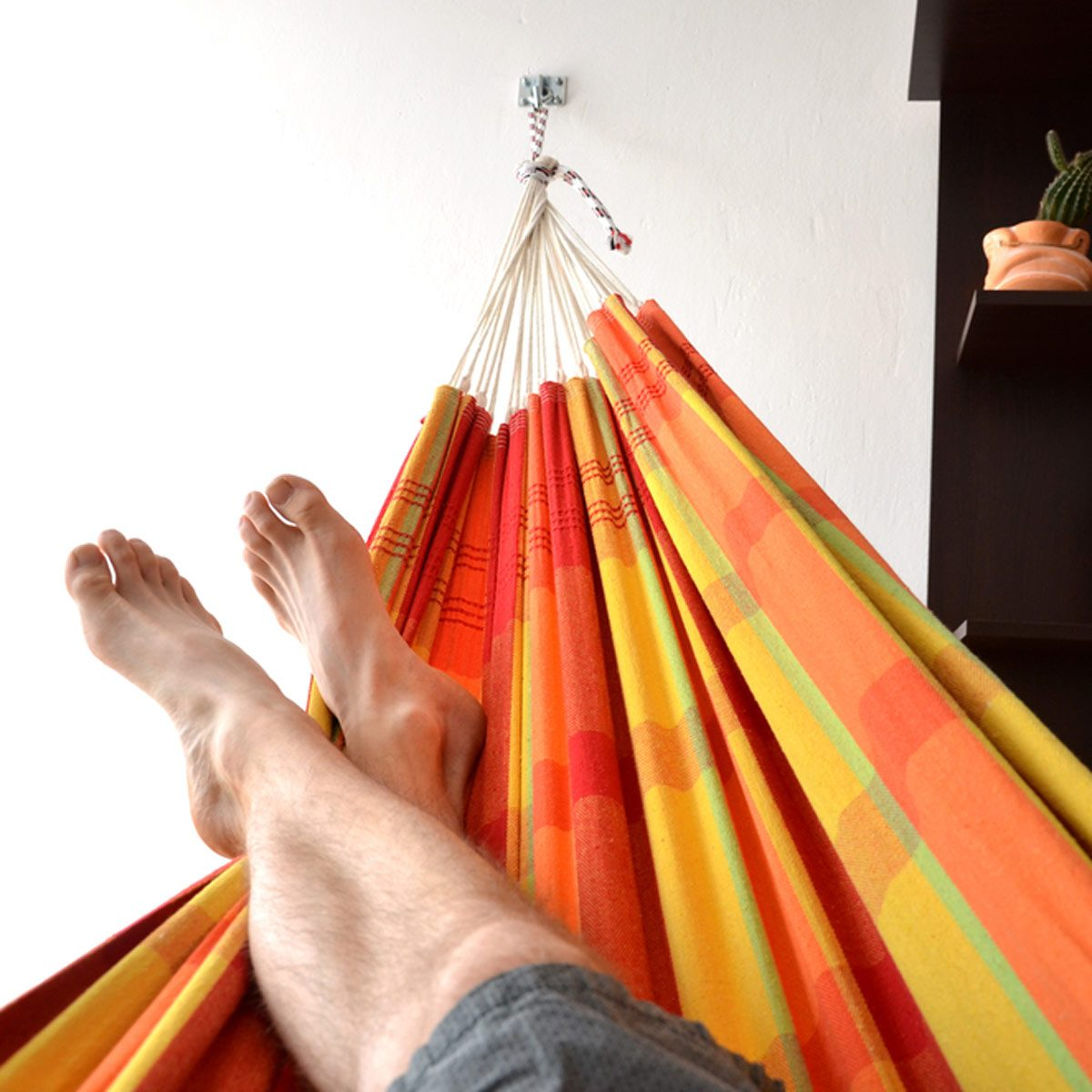 Try a Hammock Reading Nook