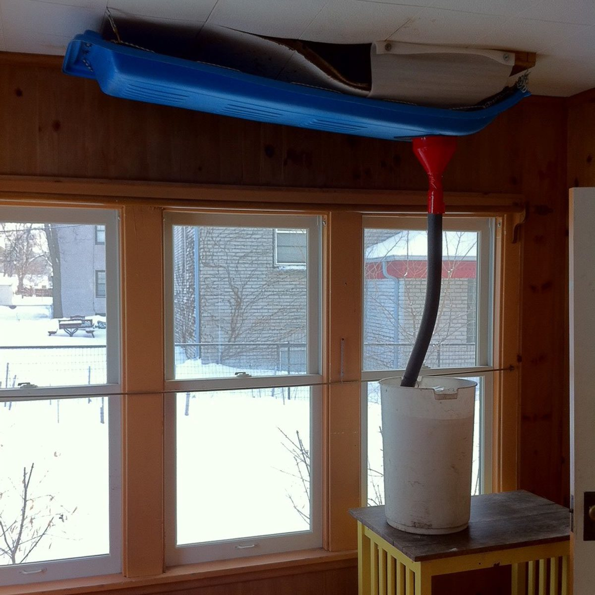 Toboggan ice-dam solution