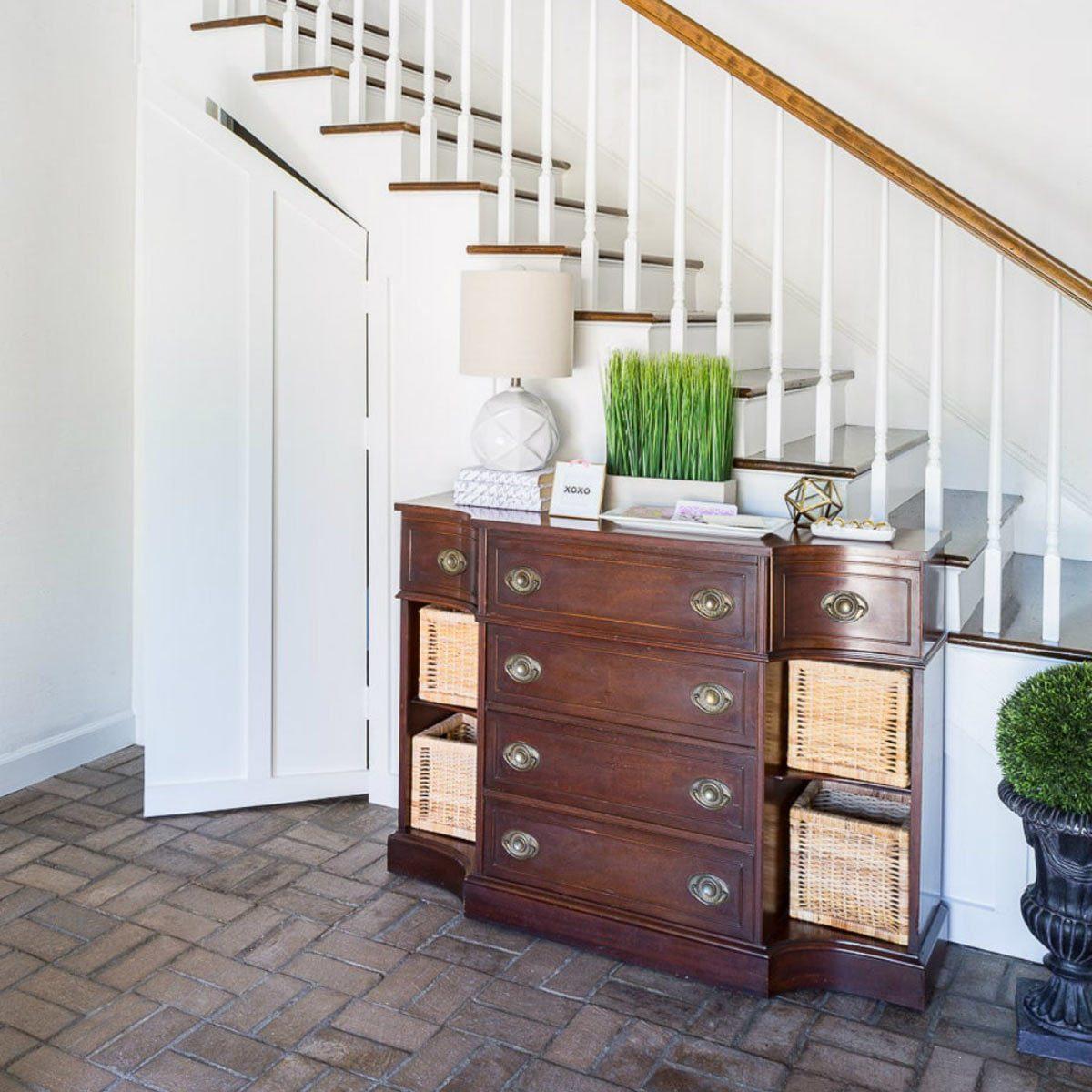 Secret Rooms in Houses: Under Stair Hideaway