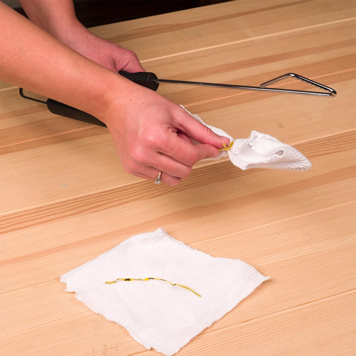 Use Tongs to Clean Blinds