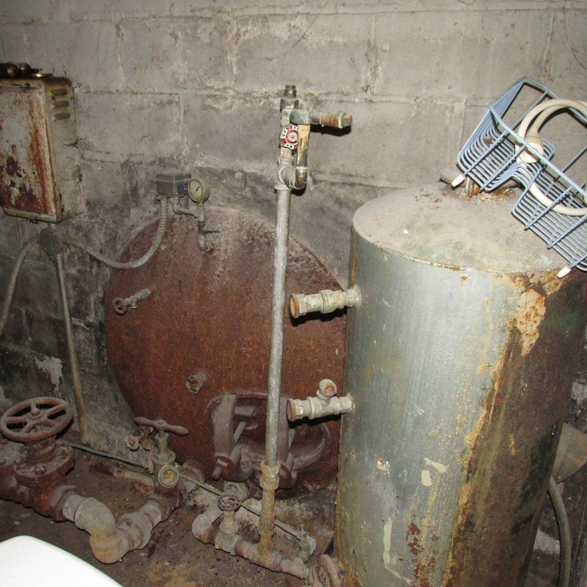 The Addam's family utility room