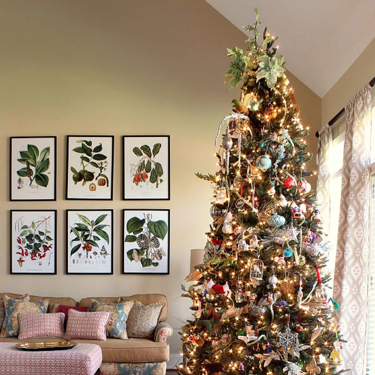 Christmas Tree Decorating Ideas: Classic Christmas