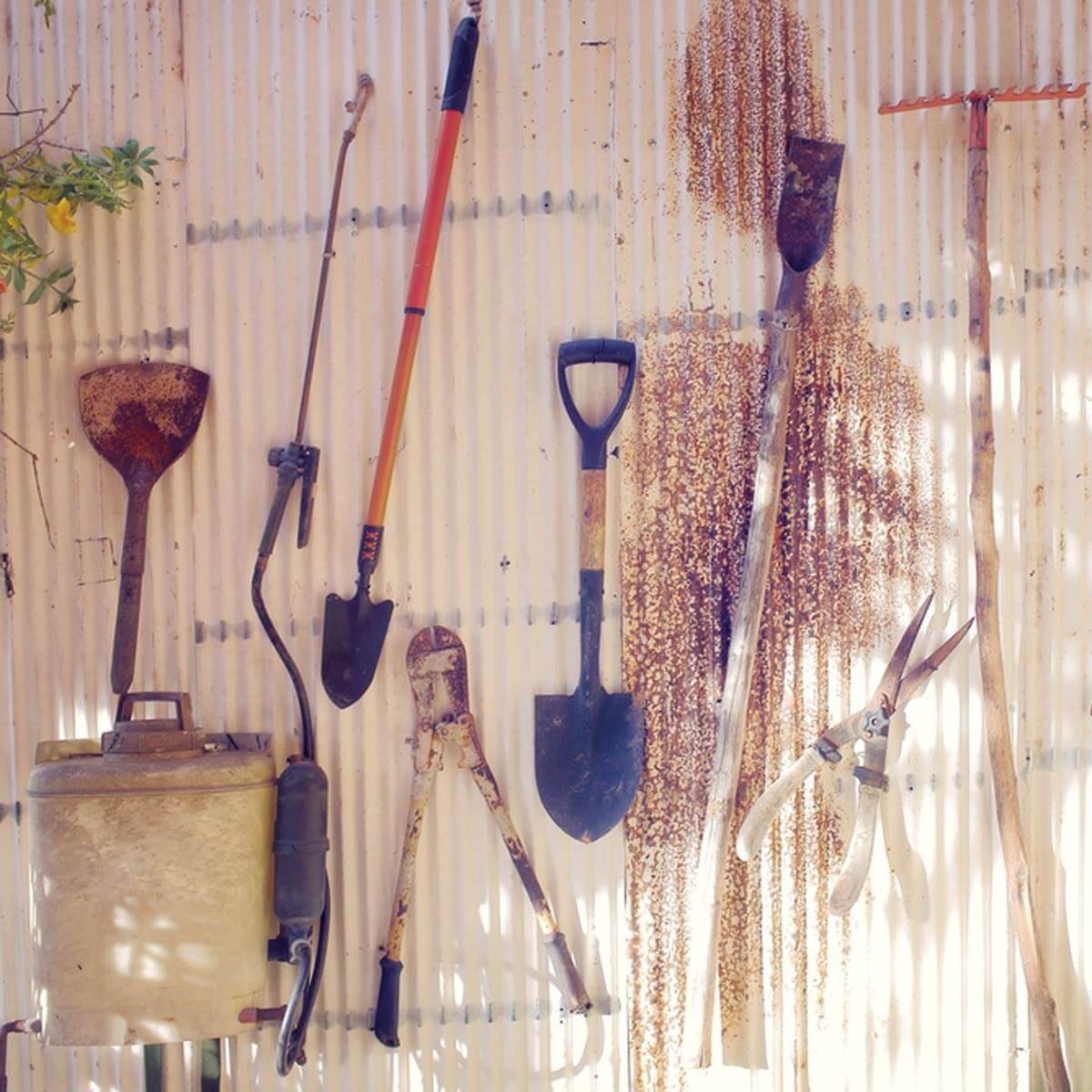 Store Seasonal Tools