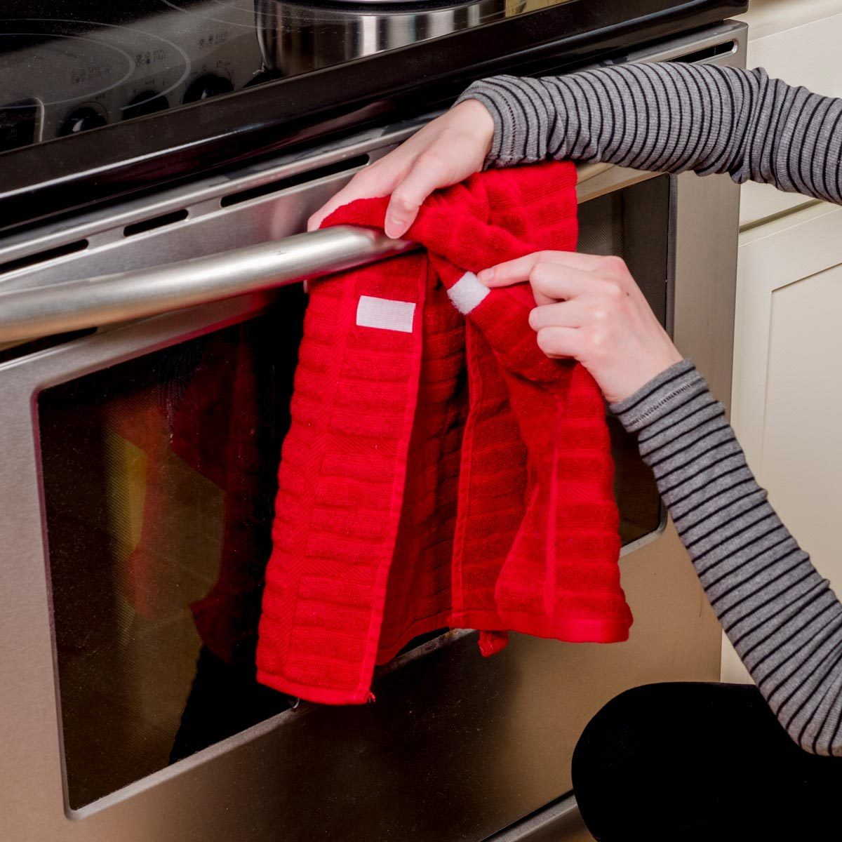 Secure Your Kitchen Towels