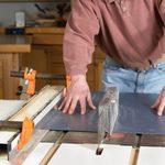 A Good Way to Cut Plastic Laminate