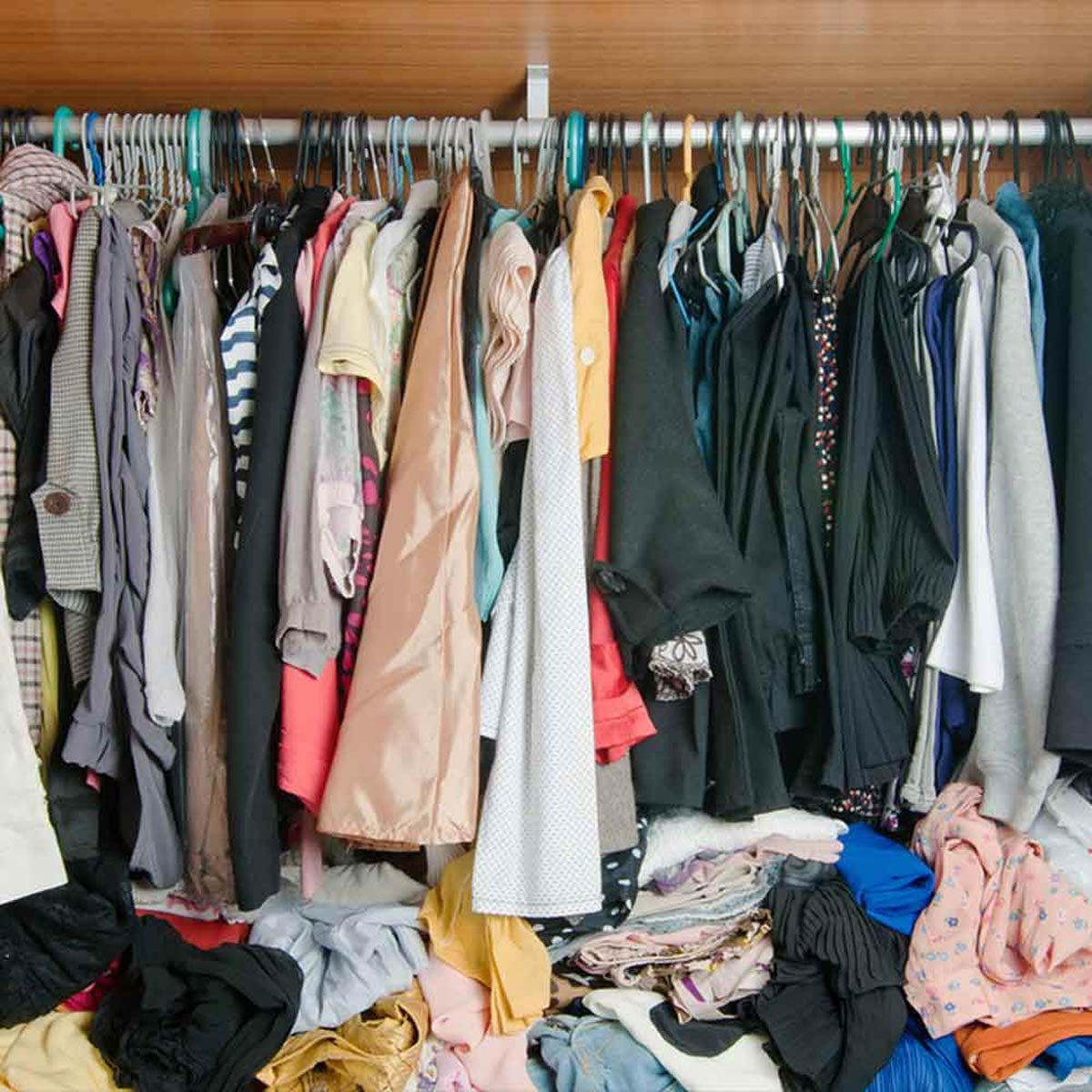 Don't Leave Clutter in Your Closet