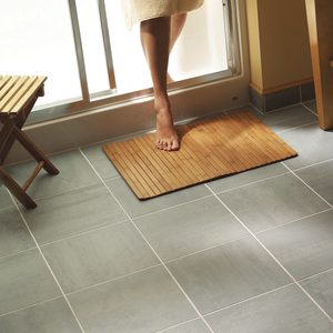 How to Install Ceramic Tile Floor in the Bathroom