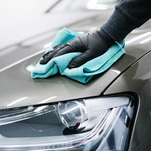 3 Easy Ways to Remove Scratches from a Car