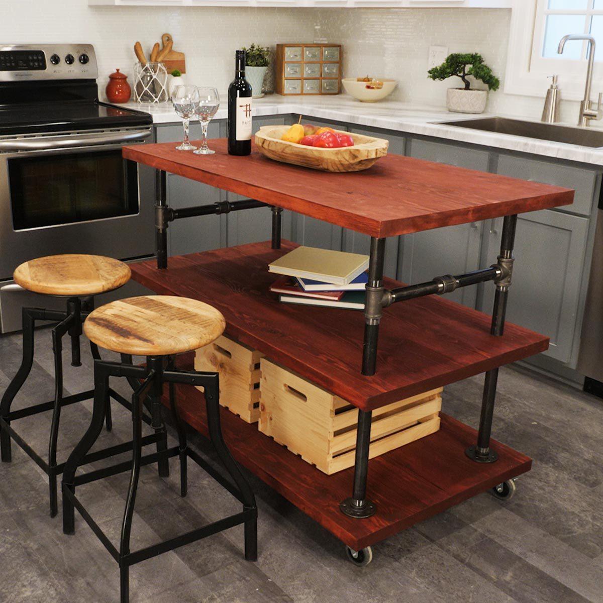 rustic kitchen island lede