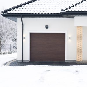 8 Things Youll Regret Leaving in Your Garage This Winter