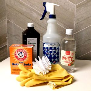 How to Clean Grout With Household Cleaning Products