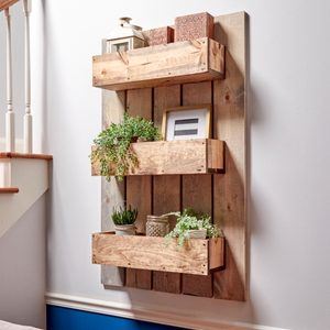 How to Build a Modern Rustic Wall Planter
