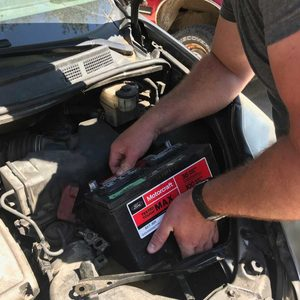How to Safely Disconnect a Car Battery