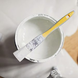 7 Tips for Choosing the Right White Paint