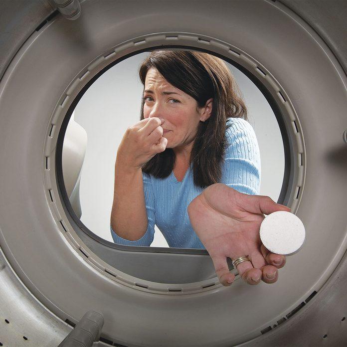 smelly washing machine laundry hack