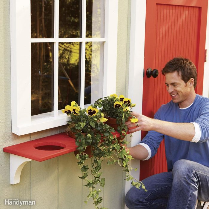 Stripped-Down Window Planter