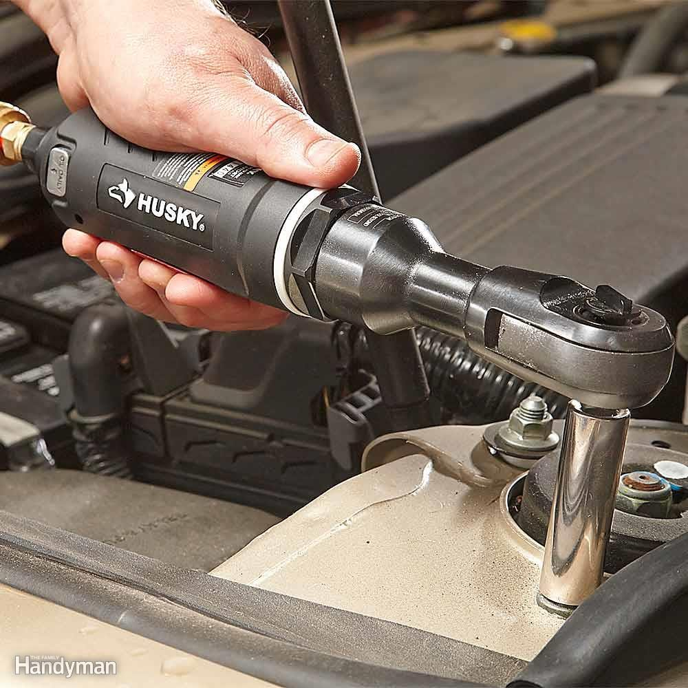 Reactionless Ratchet Saves Your Knuckles