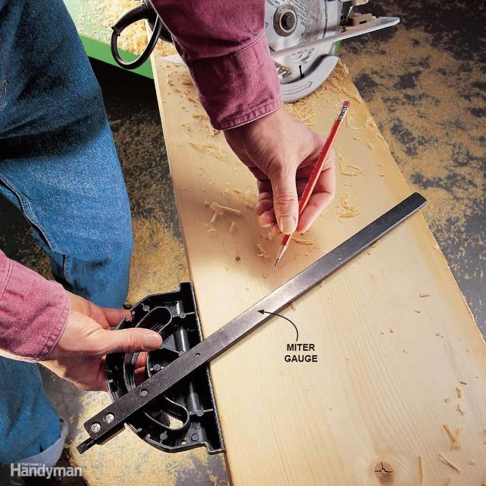 Mark Angles with a Miter Gauge