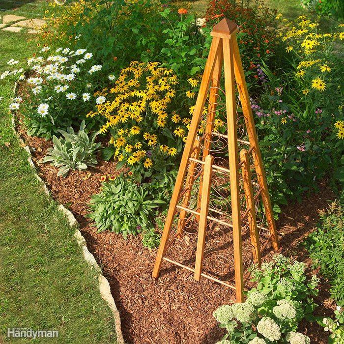Mixed-Medium Garden Trellis