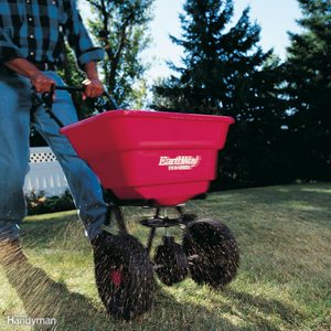 How to Use a Fertilizer and Seed Spreader