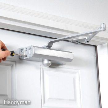 hydraulic door closer