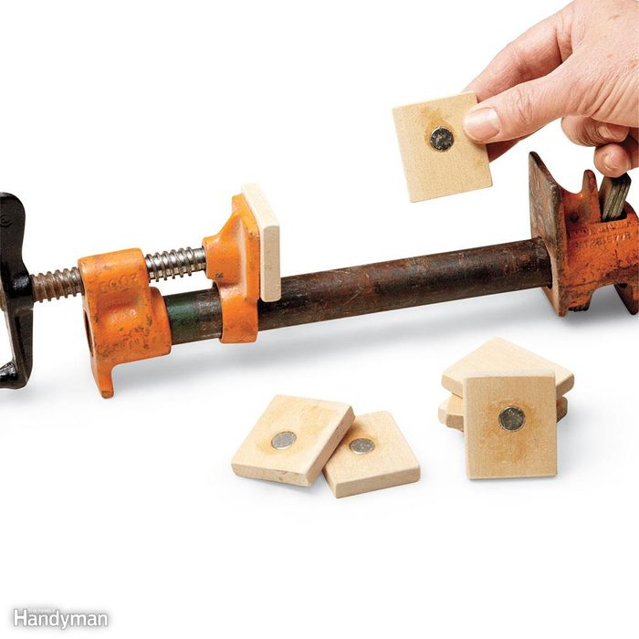 Magnetic clamp pads