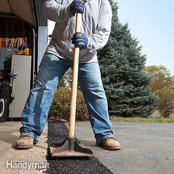 FH14JAU_DRIVWY_01-2 driveway repair DIY driveway patch