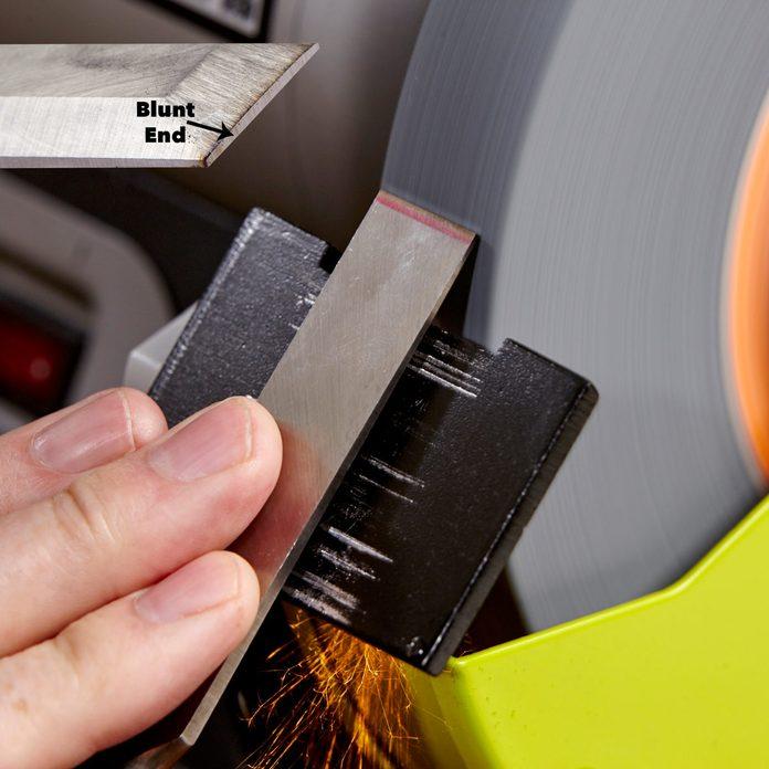 grinder tool chisel sharp edge