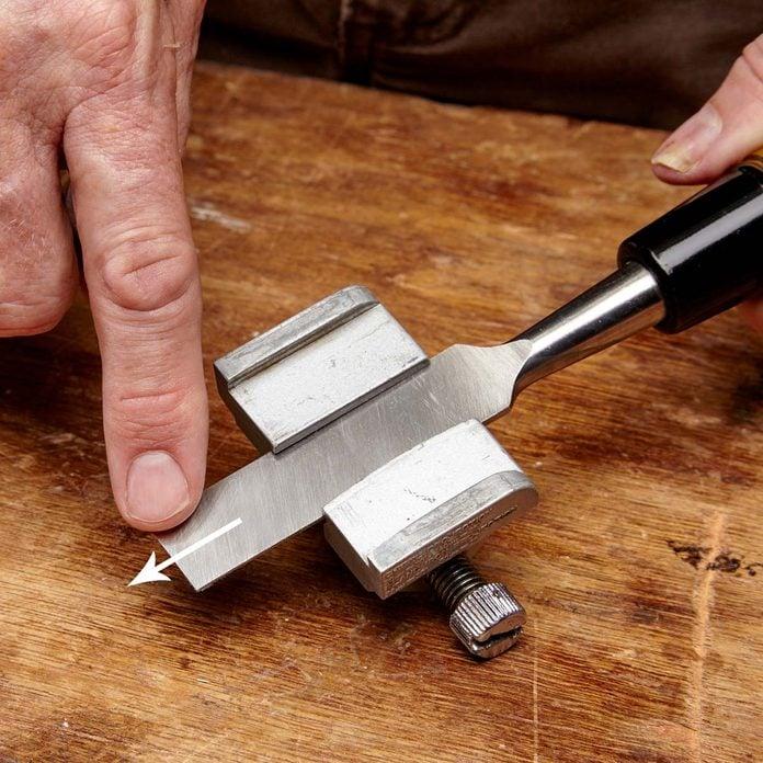 wire edge chisel