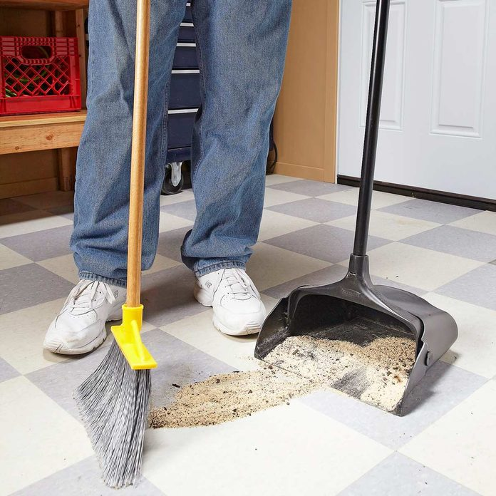 sweep up saw dust