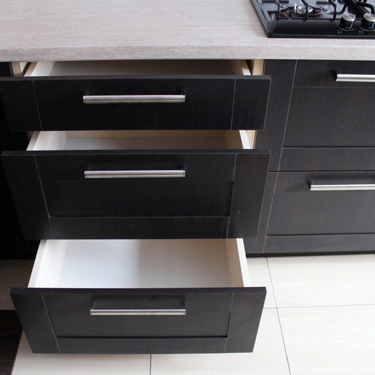 Popular Kitchen Cabinet Colors: Dark Espresso