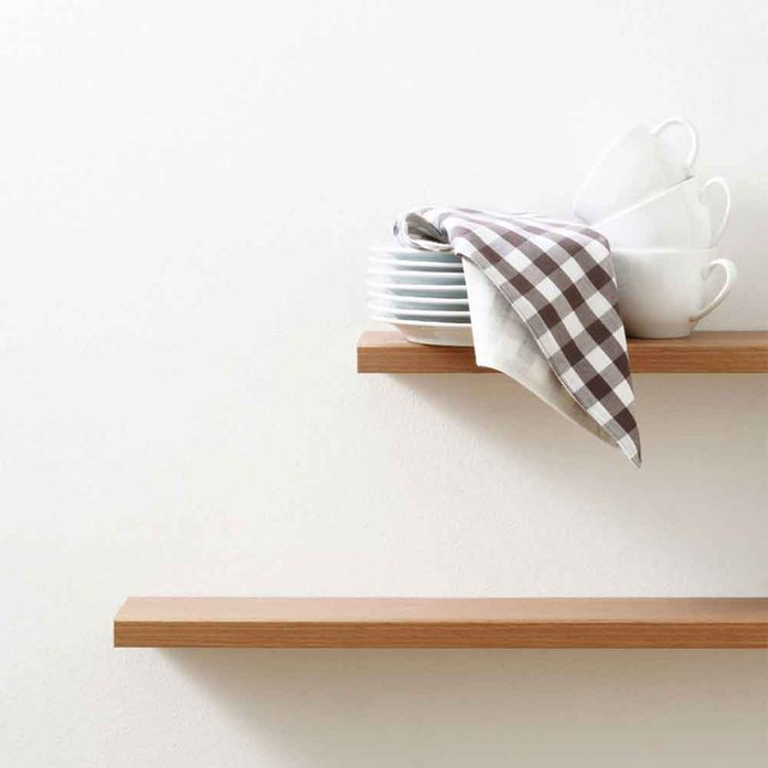 Match (or Contrast) Dishes to Your Walls