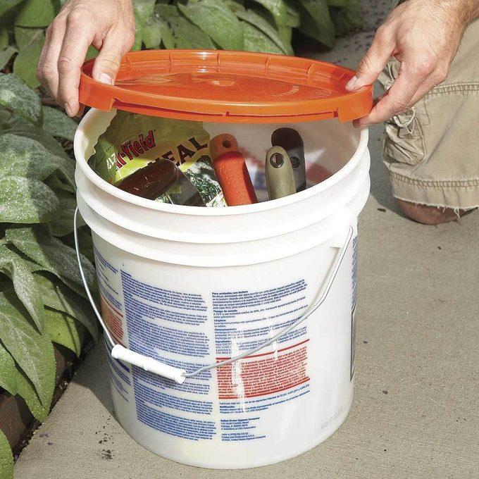 Handy bench and tool bucket 5 gallon bucket