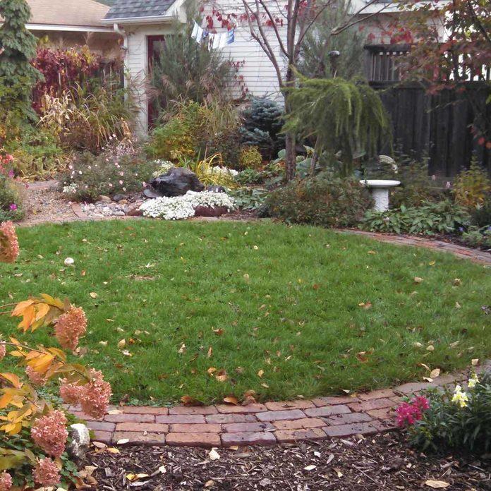 patio materials circular brick