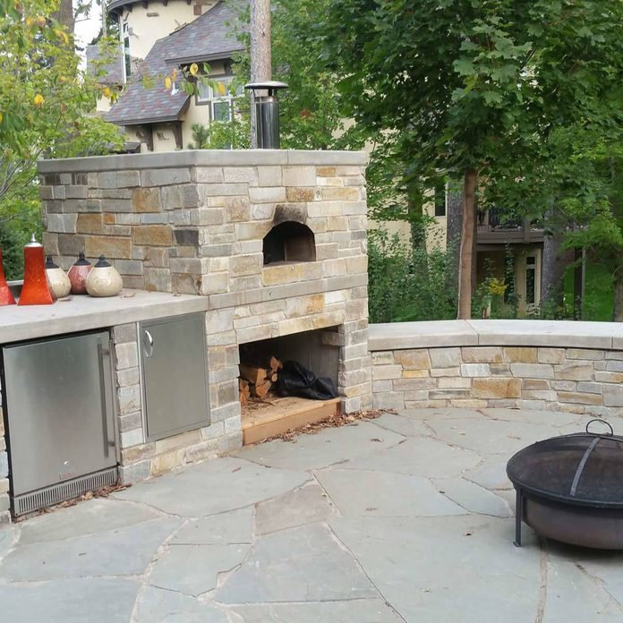 flagstone patio materials