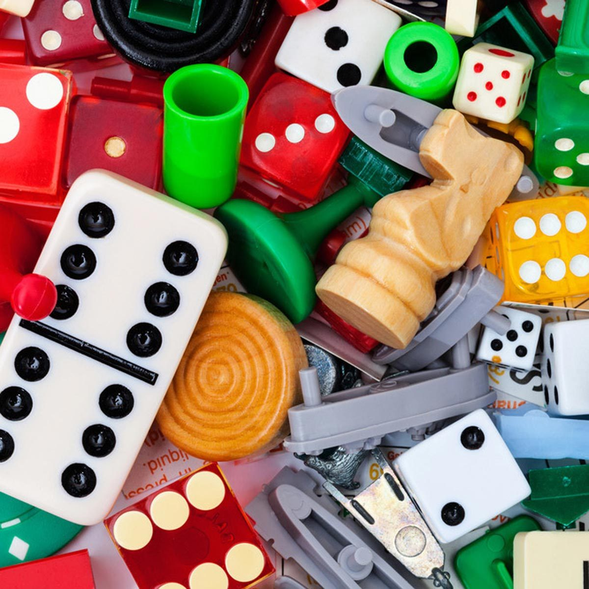 game pieces dice dominos chess checkers battle ship sorry