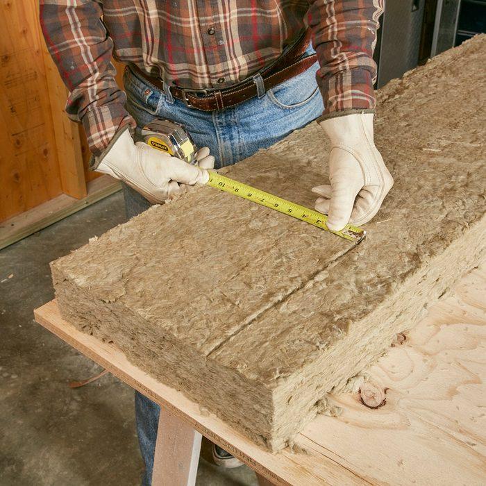 Cutting Mineral Wool