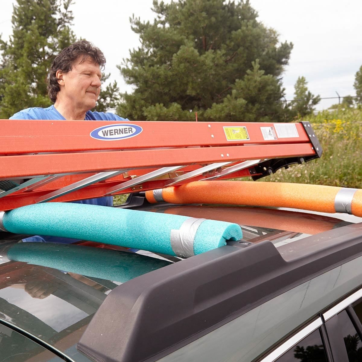 Luggage Rack Protector pool noodles