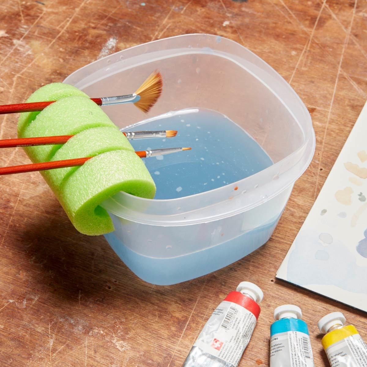 Nifty Paintbrush Holder pool noodle