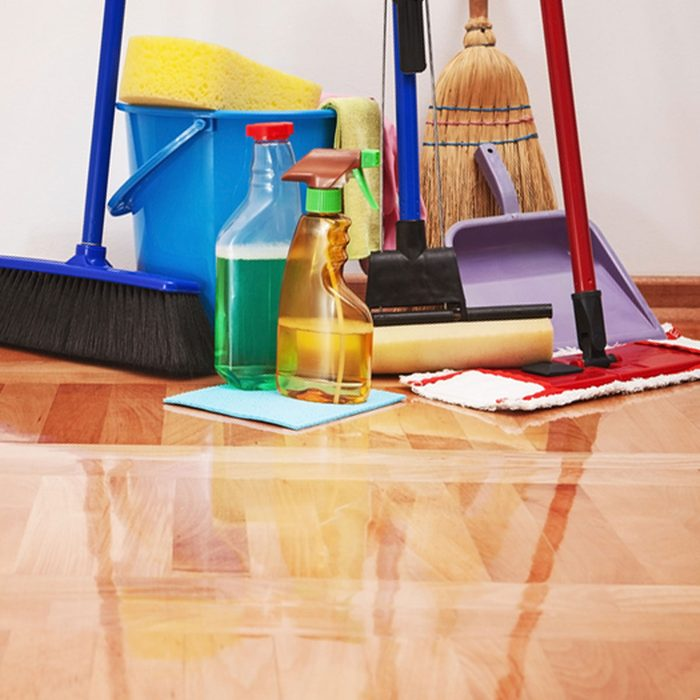 Remove scuff marks on floors